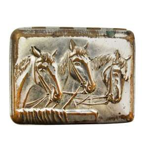 Cigarette case with the image of horses