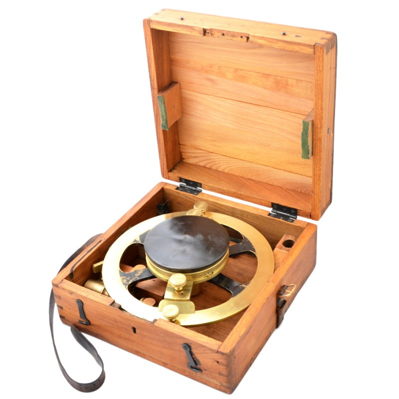 "Massive marine compass company ""A. Sperling"" in St. PETERSBURG in wooden case"