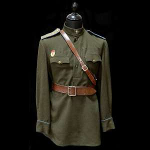Superior tunic of an officer of the air force of the red army arr. 1943
