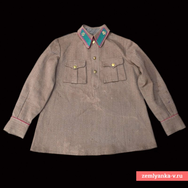Tunic pupils of the musical Pokrovskogo of the NKVD of the sample in 1935