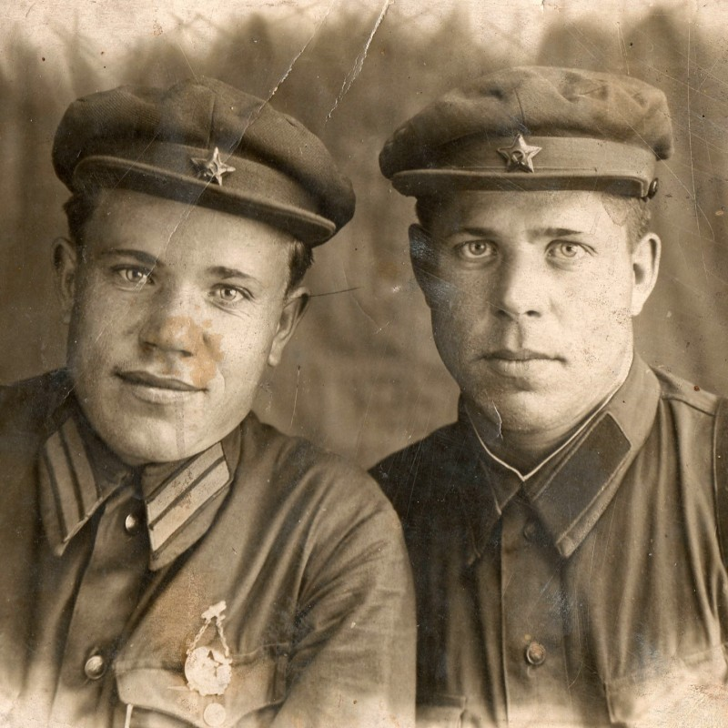 Rare photo of a soldier and GULAG NKVD