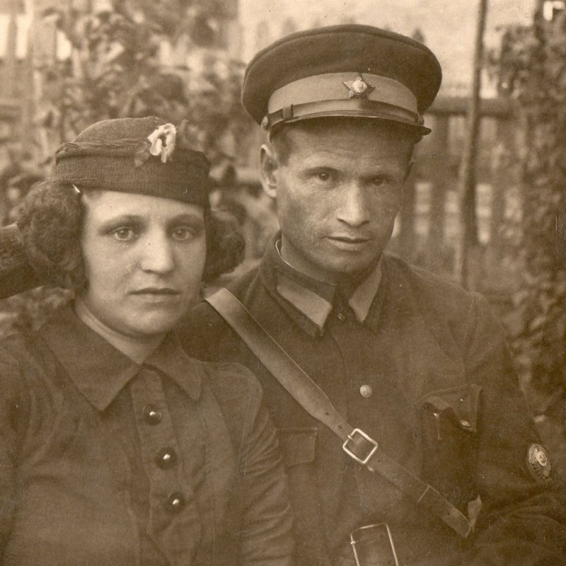 Photo of a policeman with his wife