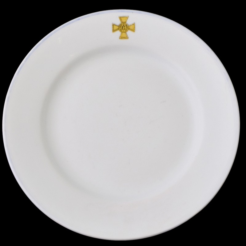 Dining room plate from the officers ' Assembly of the 33rd infantry regiment Eletskii
